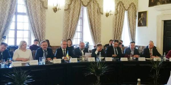 Enhancing Ukrainian-Polish interregional contacts as step towards European unity