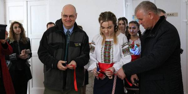 Children's scientific laboratory, dentist's office and conference room opened in Kamianomostivska hromada