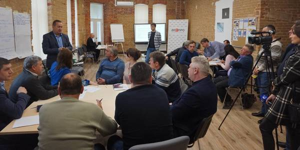 8 AHs of Zhytomyr Oblast agreed to deal with garbage problem together