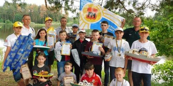 How to motivate young people and interest children: experience of Korostyshivska AH