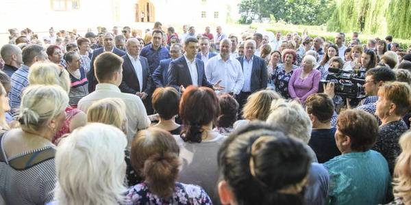 People should decide themselves on development direction – this is the main idea of decentraliіation, - Prime Minister