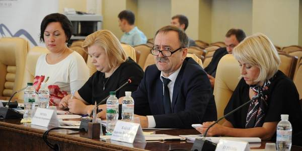 The state should gradually move away from social benefits and switch to investments and business development in the Carpathian region, - Vyacheslav Nehoda