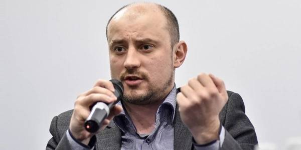 Local self-government officials will have social guarantees and decent salaries. Law must be adopted, - Oleksandr Slobozhan