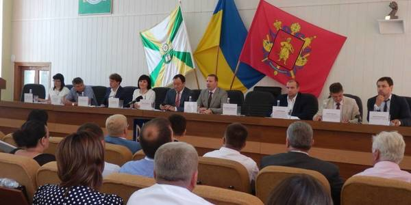 Overcoming of corruption, division of powers, accession to cities and future of rayons: decentralisation discussed in Zaporizhzhia Oblast