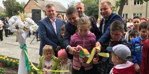 Vyacheslav Kyrylenko opens inclusion and resource centre in Ternopil Oblast