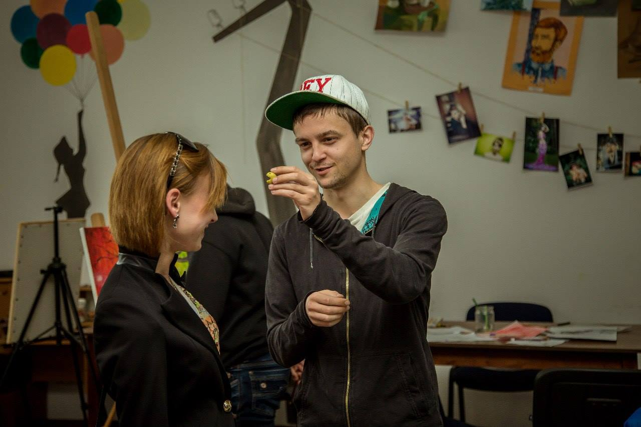 "How youth centre ""Novi Kryla"" helps to develop hromada"