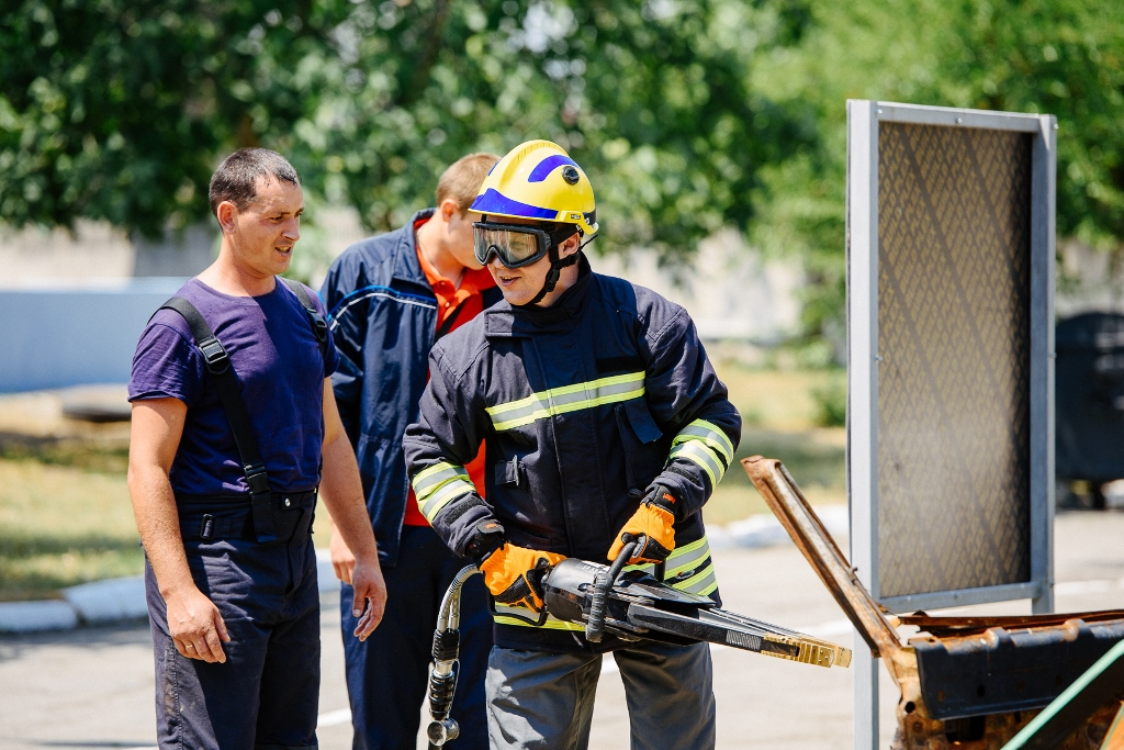 How AH representatives learned to develop voluntary fire brigades
