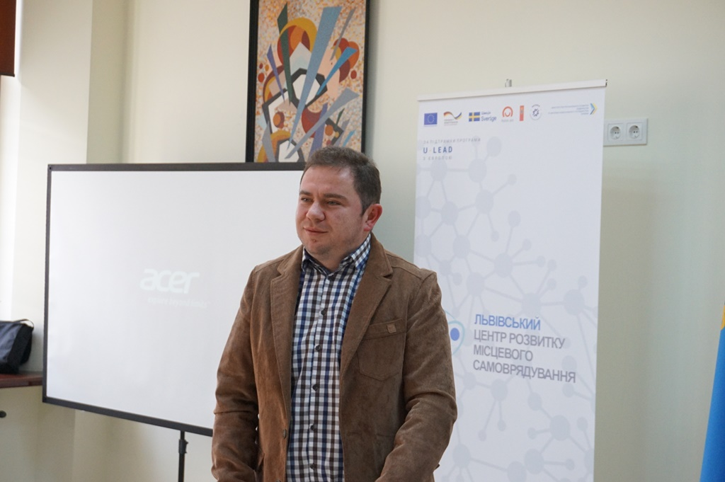 Individual and public values are to be formed in hromada - expert