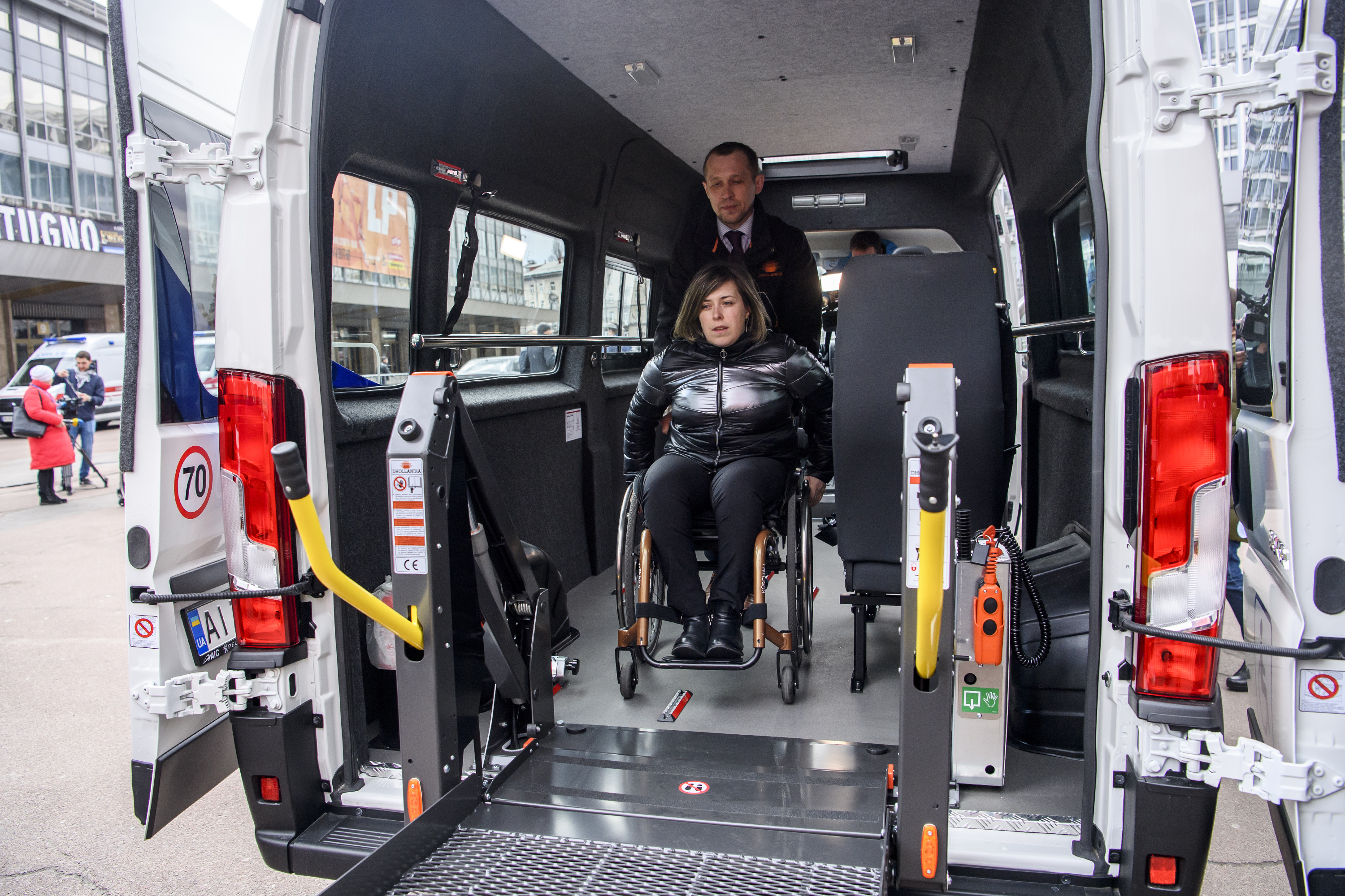 15 hromadas received special vehicles to serve physically challenged citizens